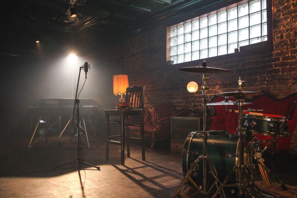 Royalty free music studio