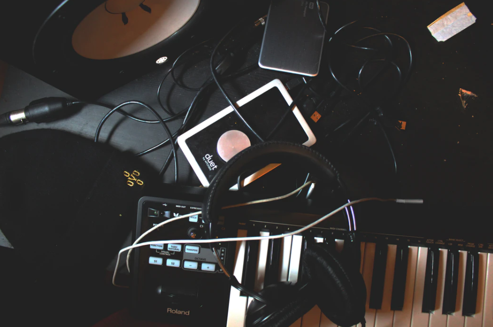 Using artists royalty-free music in commercial video